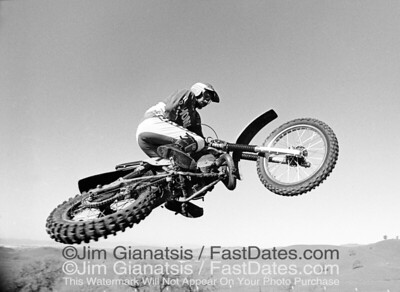 Brad Lackey 1980 crossup on his works Honda RC490 durig a photoshoot nrar his house in Livermore, CA, for the Moto-X Fox Catalog.