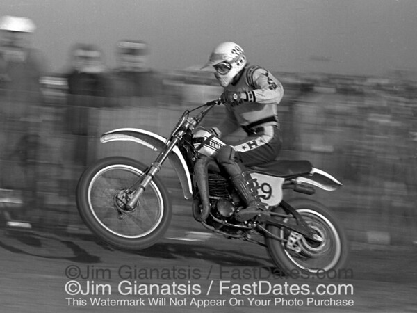 Yamaha factory rider Bob Hannah at the 1976 Saddleback Trans-AM.