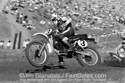 Kent Howerton, Husqvarna CR360 at the 1976 Saddleback Trans-AM.