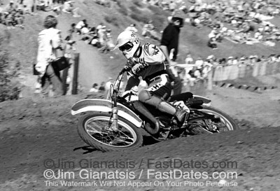 Bob Hannah, Yamaha OW36 at he 1976 Saddleback Trans-AM.