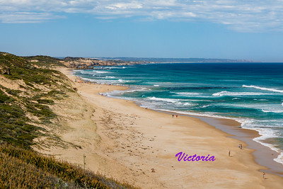 The Mornington Peninsula offers very dramatic coastal scenes, including this one at London Bridge Lookout.