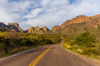 Chisos Mountains and Chisos Basin Road
