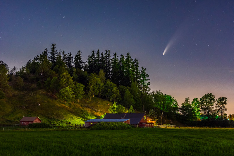 Neowise over Enumclaw