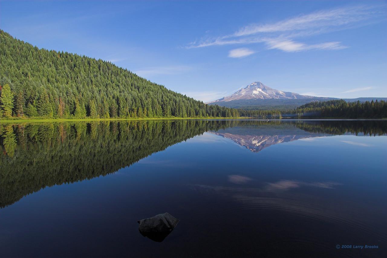 Mt Hood reflecting on Trillium Lake