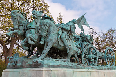 Ulysses S. Grant Memorial - Artillery Group from the West