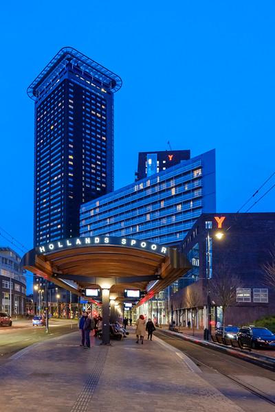 Hollands Spoor Tram Stop & Haagse Toren - Strijkijzer