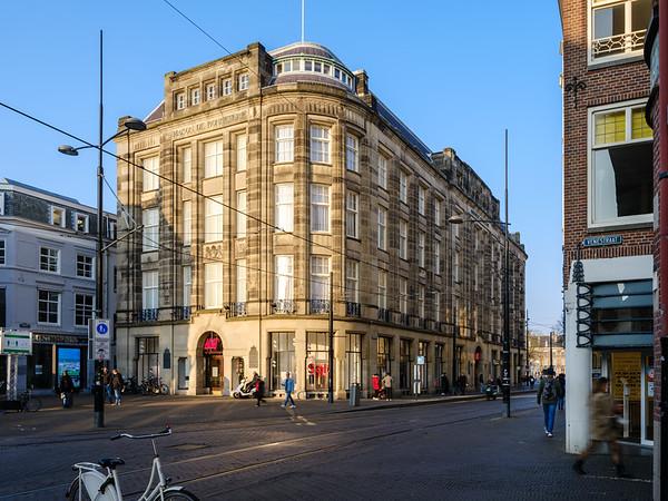 The Maison De Bonneterie Store
