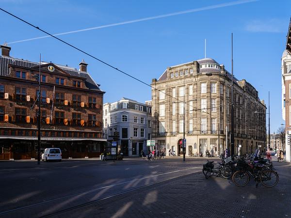 The Maison De Bonneterie and The Goude Hooft