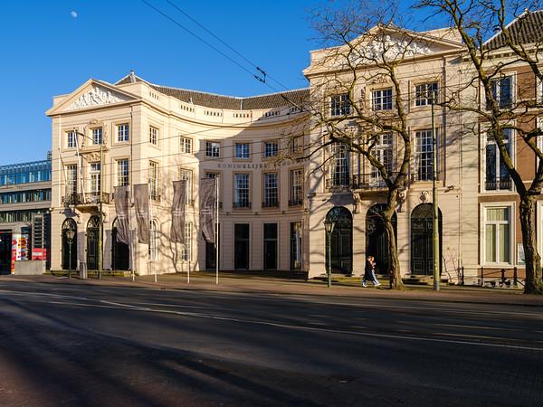 Koninklijke Schouwburg,
