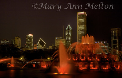 Evening at the Buckingham Fountain in Grant Park, Chicago