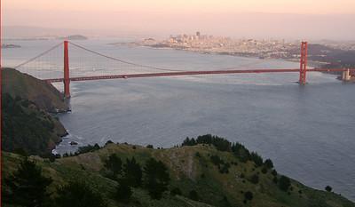 Golden Gate Bridge at sunset.