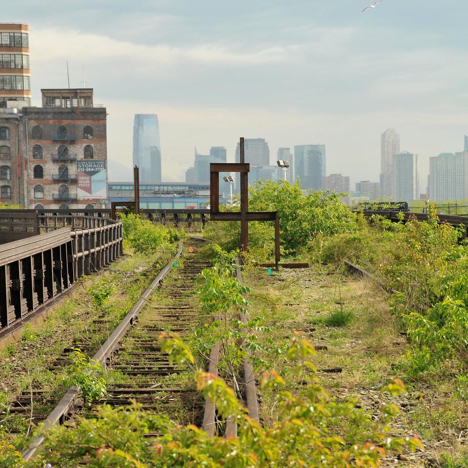 Rail Yards Sculpture