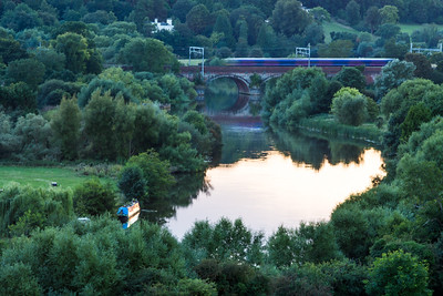 Thames Turbos on Goring Bridge