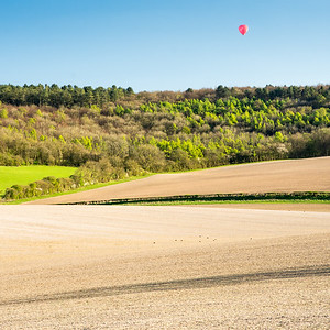 Hot air balloon in the Chiltern Hills