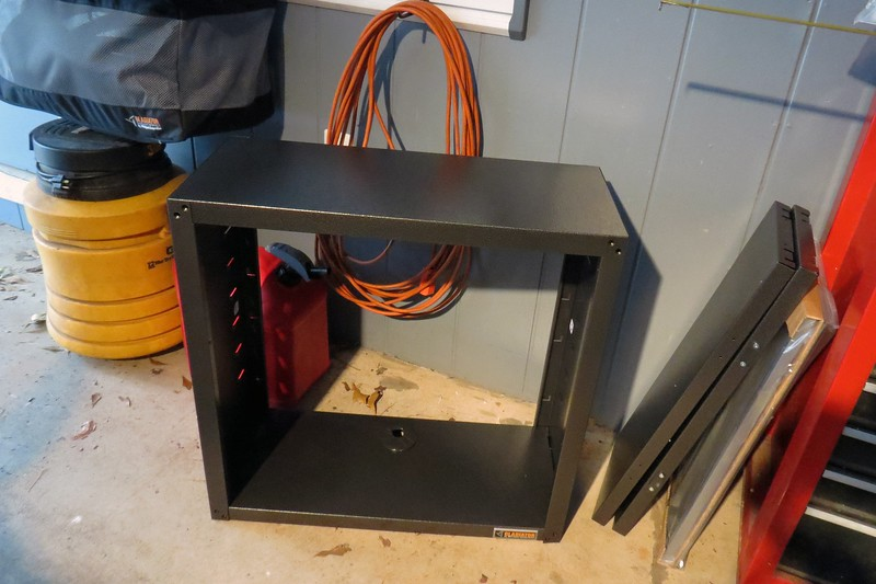 First I assembled the sides of the cabinet.