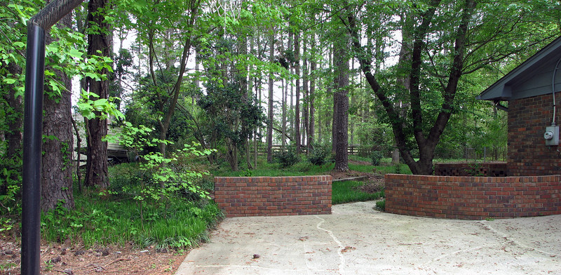 Rear of the driveway panorama.