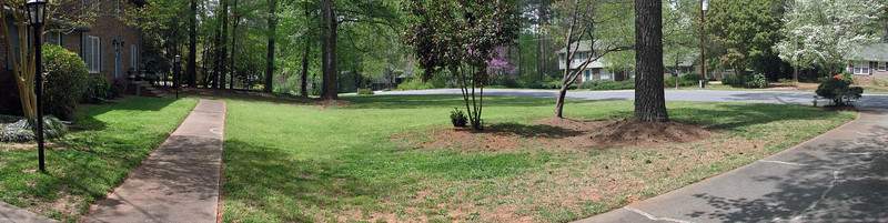 Three-picture front yard panorama.  I stitched the previous three pics together to create a front yard panorama.  The angle is a little off on the left.  But you get the idea.