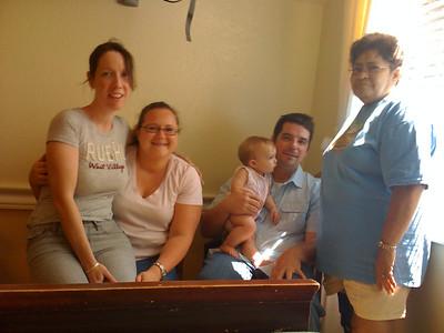 2009 07 05 - Michele, Nikki, Lillie, Jon and Mom