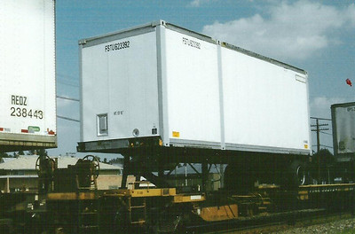 28' North American dry box