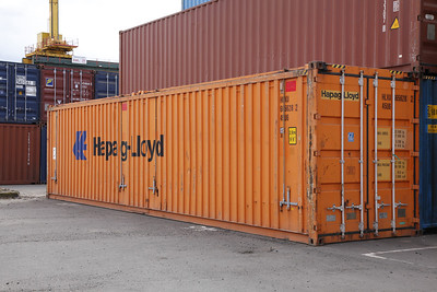 45U6 - 40' High Cube container with removable hard roof