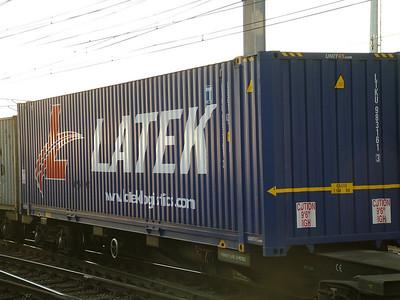 Container operators L