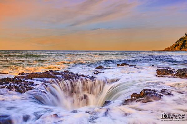 """""""Delirium,"""" Thor's Well, Cape Perpetua, Oregon Coast"""