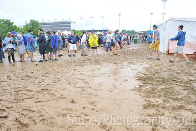 Kentucky Derby Infield 2010-101