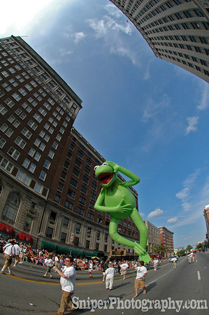 Kermit loves the Pegasus Parade.