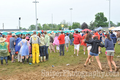 Kentucky Derby Infield 2010-75