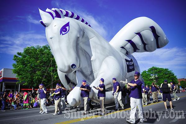 Kentucky Derby Festival Pegasus Parade 2010-5