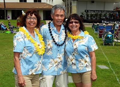 Sisters Vicki & Lynn Acala with Winston Goo ~ Aloha!