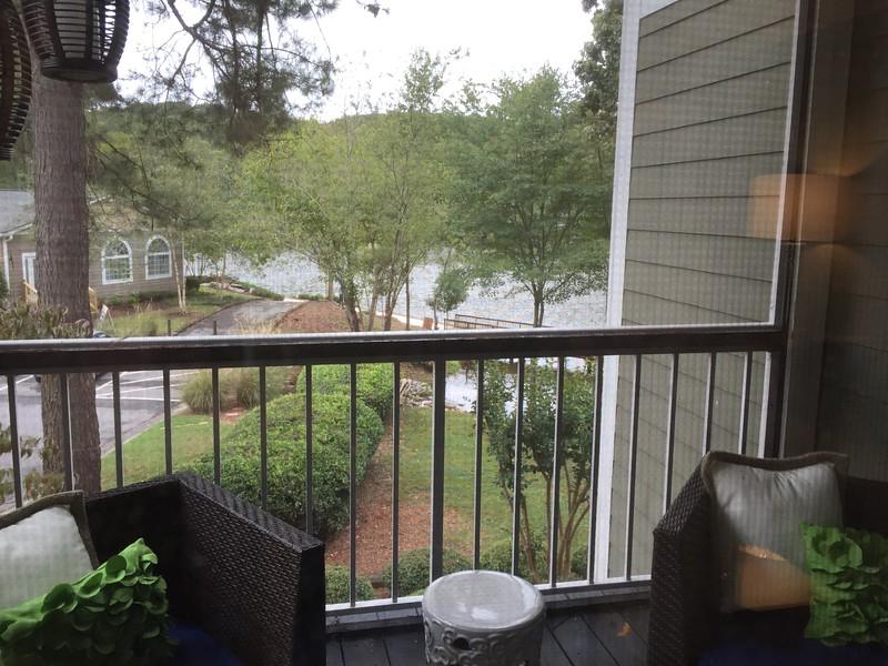 The Lake House6 - deck
