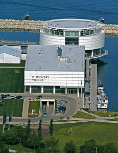 Discovery World on Milwaukee's Lakefront June 2009