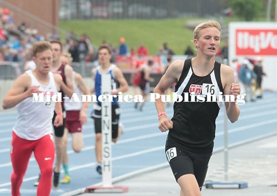 Kristi Nixon | MAPC GHV's Logan Dalbeck runs the 1,600 on Saturday afternoon in Des Moines.