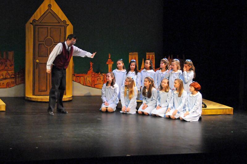Madelines Christmas 12-8-09 (65)