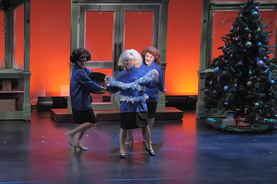 WINTER WONDERETTES 12-15-12 (29)
