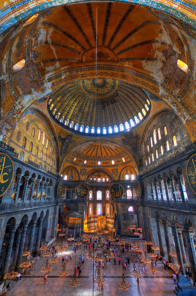 The enormous interior of the Hagia Sophia - this structure was the largest enclosed space in the world for over 1,000 years!