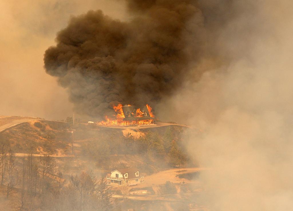 Photos The Loma Fire Burning Near Loma Prieta Monterey Herald