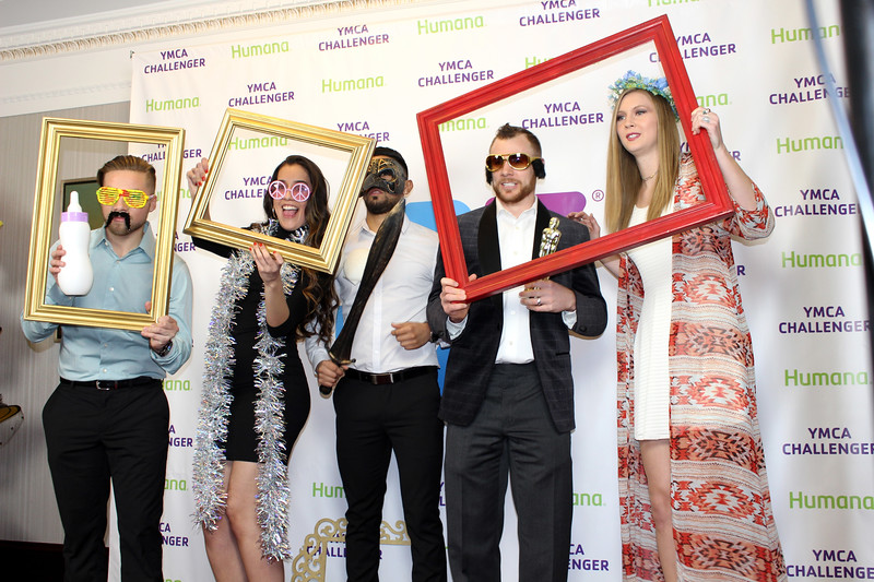 ymca-fashion-show-photo-booth-red-carpet-guests-6