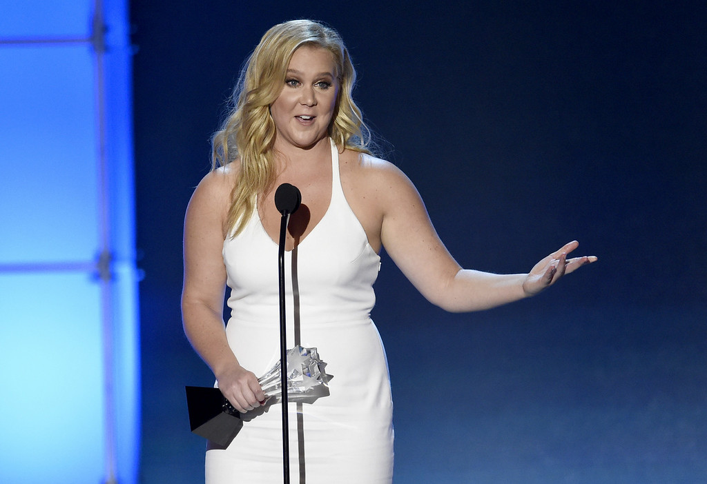 """. <p>7. (tie) AMY SCHUMER </p><p>Don�t worry, fans: None of her thousands of bodily function jokes are stolen. (unranked) </p><p><b><a href=\""""http://www.dailymail.co.uk/tvshowbiz/article-3408746/Amy-Schumer-accused-stealing-jokes-three-female-comedians.html\"""" target=\""""_blank\""""> LINK </a></b> </p><p><br>   (Chris Pizzello/Invision/AP)</p>"""