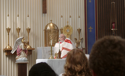 020904 Fr Seraphim w Monstrance