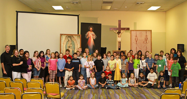 MOMM handles the 'Tweener' group at the Fullness of Truth Conference Corpus Christ, TX. - July 17 & 18, 2010