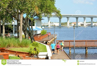//www.dreamstime.com/royalty-free-stock-photography-historic-riverwalk-downtown-stuart-florida-image43810857