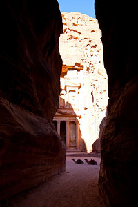 Entrance to Treasury  Petra, Jordan