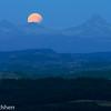 Lunar eclipse over Bärglistock