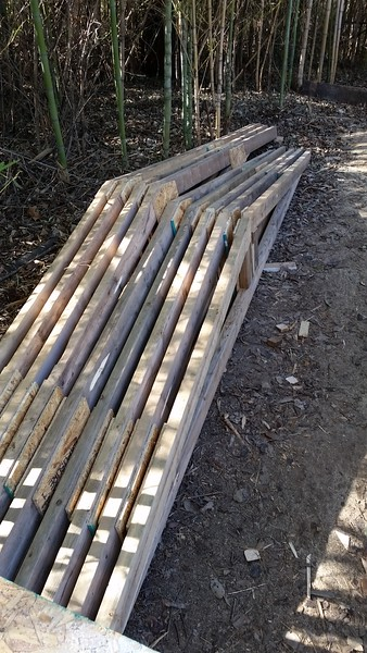 There will be 17 roof joists. This is just 9. Estimated 25 pounds each. Over 400 pounds. It's adding up.