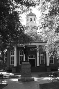 Old Loudoun County Courthouse