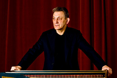 Trevor Pinnock. English conductor and harpschordist.