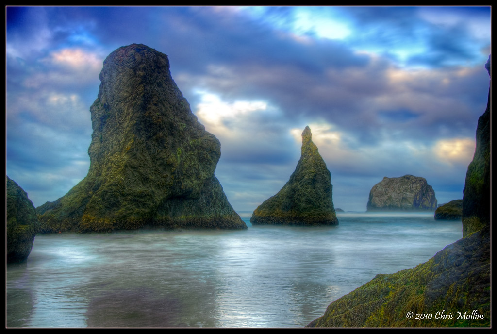 Bandon, on the central Oregon coast, is possibly the most amazing collection of sea-stacks and coastal features of anywhere I've ever been. At both sunrise and sunset, Bandon doesn't fail to impress.
