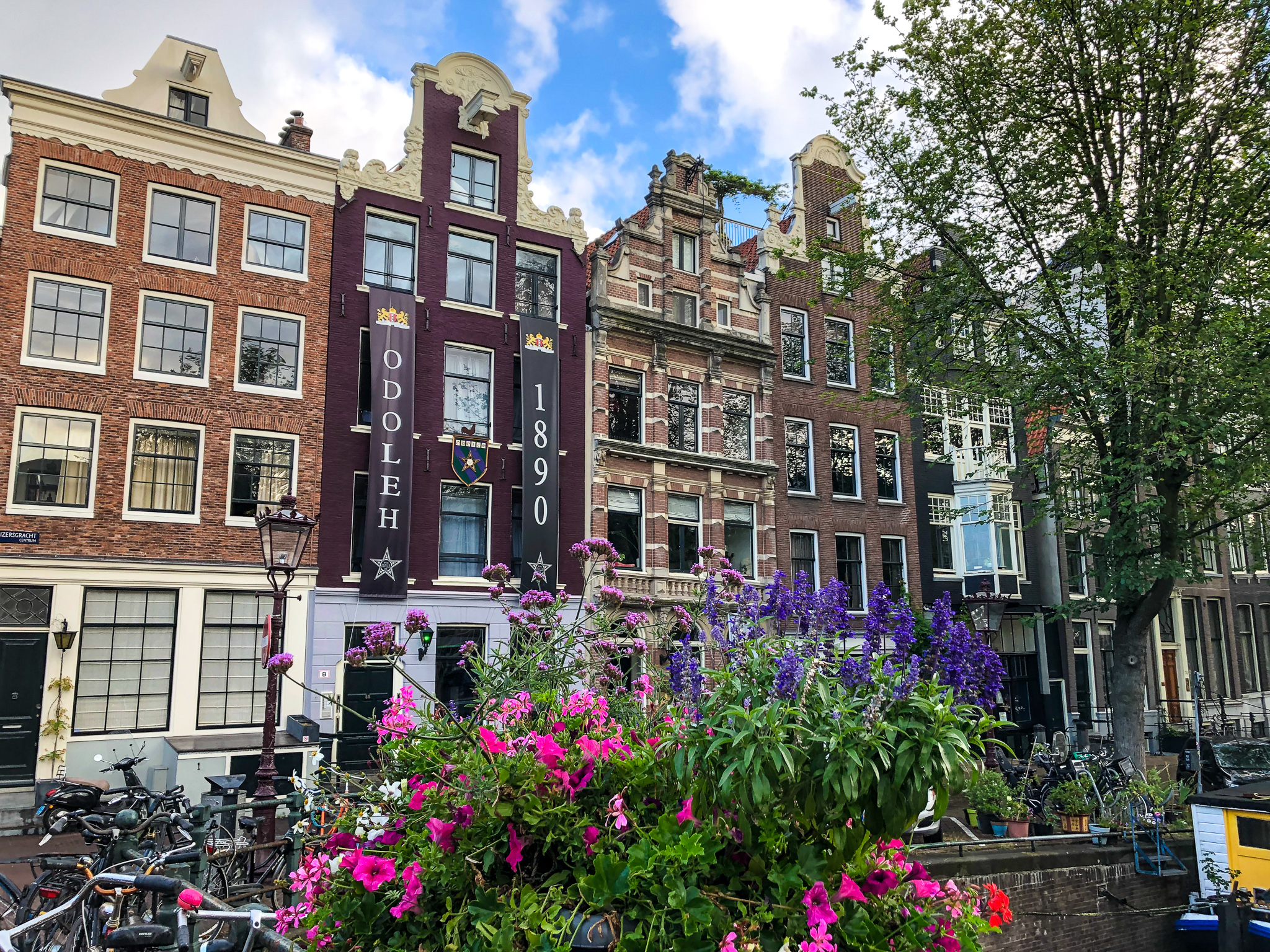 take short weekend breaks abroad to amsterdam